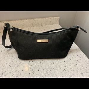 Adorable Gucci bag in almost perfect condition.